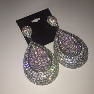 Jewelry - Pave dangling super shimmer rhinestone earrings